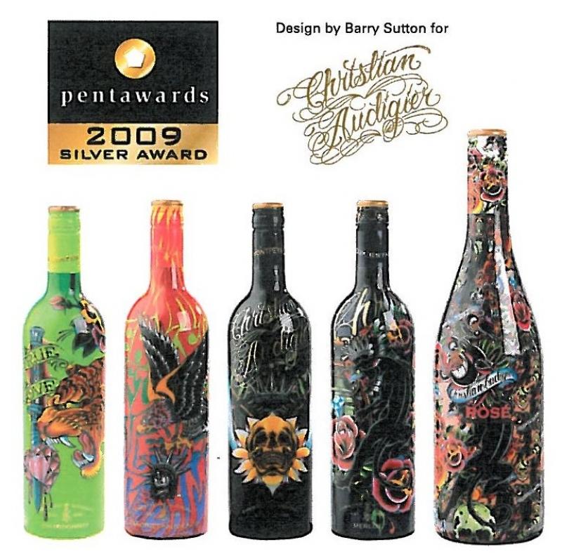 premi re mondiale christian audigier signe une gamme de bouteilles de vin. Black Bedroom Furniture Sets. Home Design Ideas